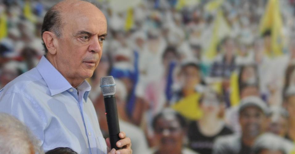 12.mar.2012 - Pré-candidato do PSDB à Prefeitura de São Paulo, José Serra, participa de reunião na sede do Diretório Estadual do partido, na zona sul de São Paulo