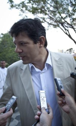 O pré- candidato à Prefeitura de São Paulo, Fernando Haddad, visita o bairro de Santana, na zona norte da capital paulista