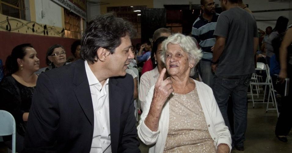 Pré-candidato à Prefeitura de São Paulo pelo PT, Fernando Haddad, faz campanha eleitoral em Cidade Ademar, na capital paulista