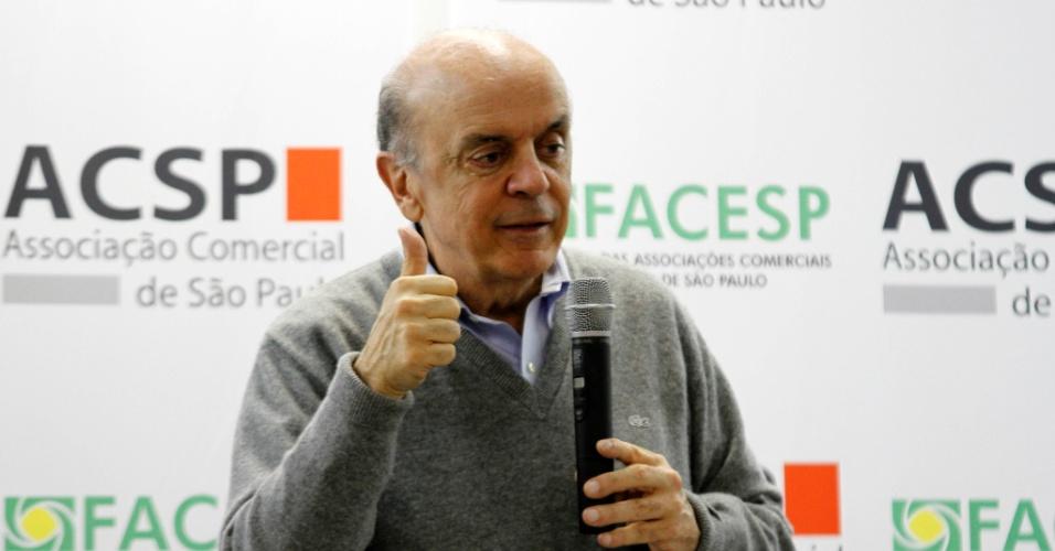 O pré-candidato do PSDB à Prefeitura de São Paulo, José Serra, participa de evento na Associação Comercial de São Paulo, unidade distrital da Mooca, na zona leste da capital paulista