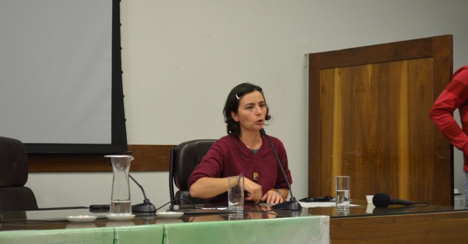 17.mai.2012 - A pré-candidata do PPS à Prefeitura de São Paulo, Soninha Francine, participa de debate promovido pelo partido sobre segurança pública, em São Paulo
