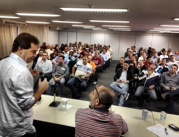 17.jun.2012 - Pré-candidato do PDT à Prefeitura de São Paulo, Paulo Pereira da Silva, se reúne com a diretoria do Sindicato dos Metalúrgicos de São Paulo