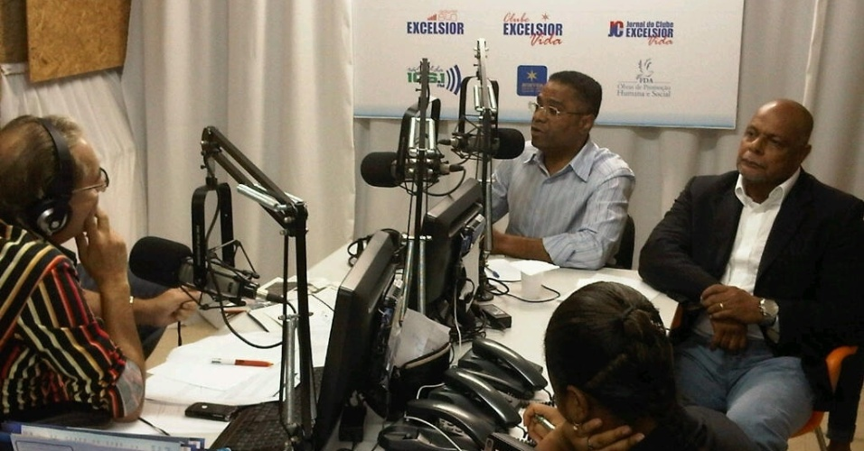 24.jul.2012 - Em entrevista a uma r&#225;dio, o candidato a prefeito de Salvador, M&#225;rcio Marinho (PRB), afirmou que pretende ampliar e capacitar a Guarda Municipal de Salvador