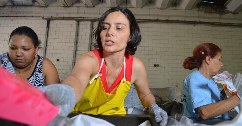 16.ago.2012 - Soninha Francine, candidata do PPS à Prefeitura de São Paulo, visitou nesta quinta-feira a Cooperativa Crescer de Reciclagem em Pirituba, zona noroeste da capital