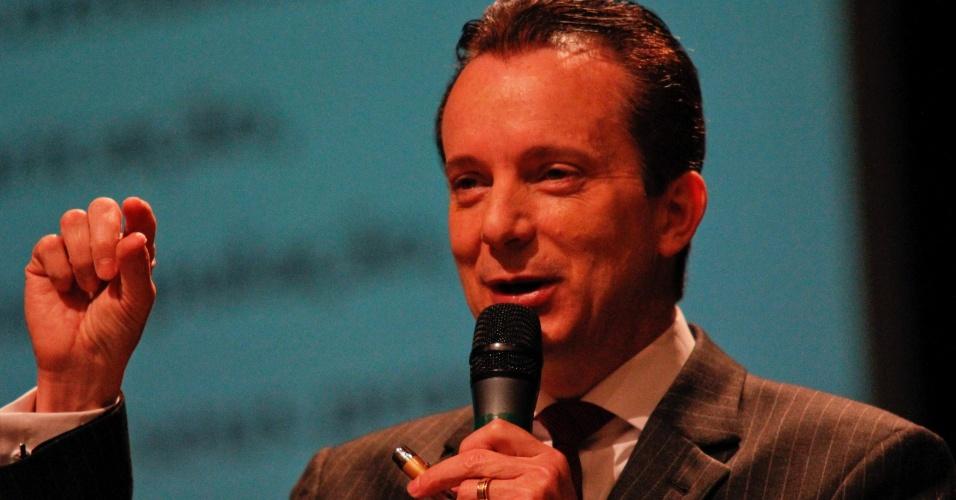 27.ago.2012 - O candidato do PRB a prefeito de São Paulo, Celso Russomanno, participou da 23ª Semana Jurídica na Universidade Paulista de São Paulo, nesta segunda