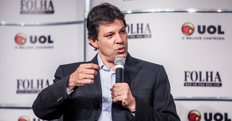 """13.set.2012 - O candidato do PT à Prefeitura de São Paulo, Fernando Haddad, participa da sabatina Folha/UOL. Ele disse que o plano de governo de Celso Russomanno (PRB) é """"um esboço"""""""