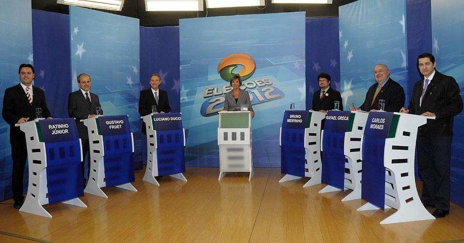 """13.set.2012 - Os candidatos à Prefeitura de Curitiba participaram na noite desta quinta-feira de debate promovido pela emissora de TV """"CNT"""""""
