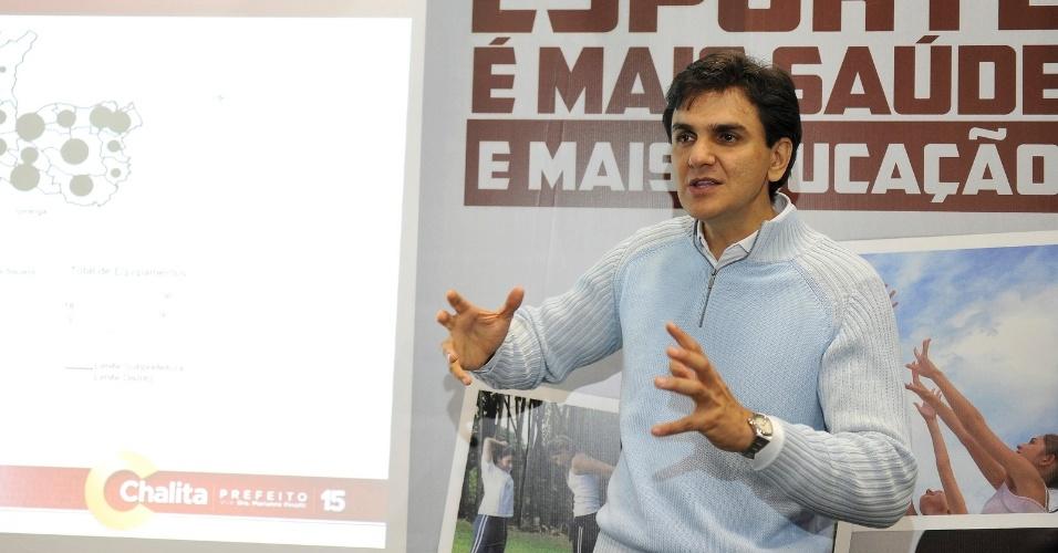 26.set.2012 - O candidato do PMDB à Prefeitura de São Paulo, Gabriel Chalita, lançou nesta quarta-feira seu programa de governo para a área do Esporte