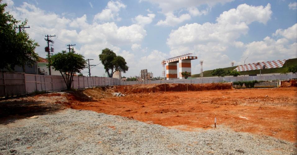 Praça Memorial 17 de Julho está sendo construída, em homenagem às vitimas do acidente da TAM em 2007, em frente ao aeroporto de Congonhas