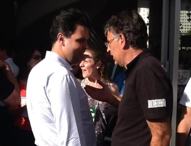 Secretários estaduais Bruno Covas e Andrea Matarazzo, que desistiram das prévias com a entrada de José Serra, compareceram à Câmara de São Paulo na tarde deste domingo (25) para acompanhar divulgação do resultado da eleição interna do PSDB