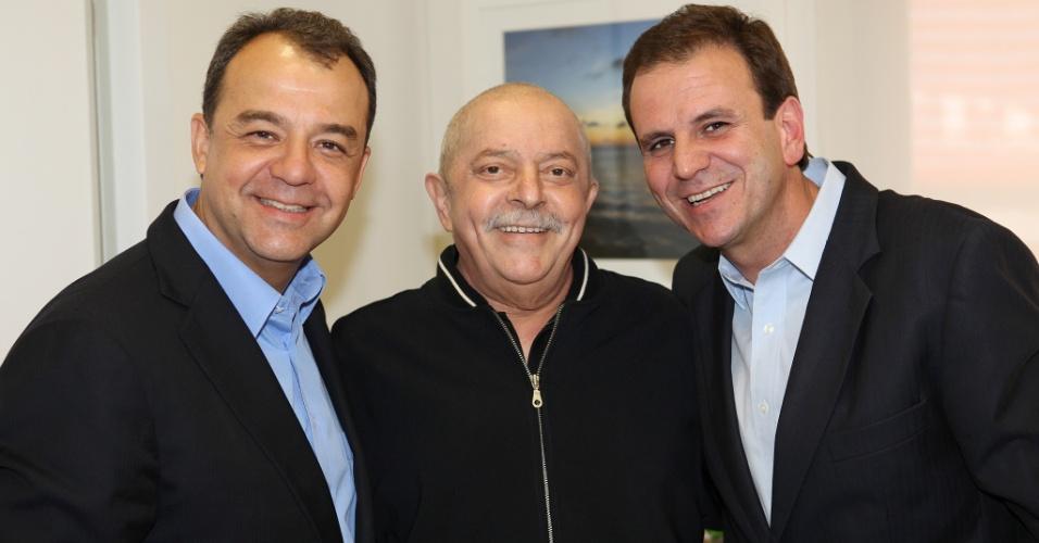 Governador do Rio, Sergio Cabral, ex-presidente Luiz Inácio Lula da Silva, e o prefeito do Rio e candidato à reeleição, Eduardo Paes