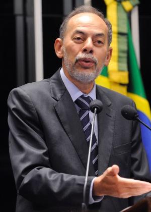 O senador Inácio Arruda (PC do B-CE) disse que a presidente Dilma o incentivou a ser candidato à Prefeitura de Fortaleza