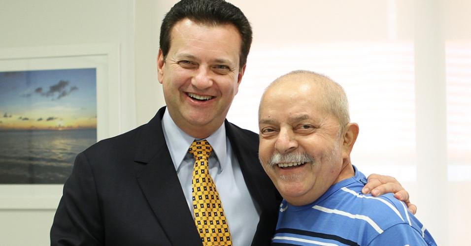 O prefeito de São Paulo, Gilberto Kassab, visitou hoje o ex-presidente Lula, no Hospital Sírio-Libanês