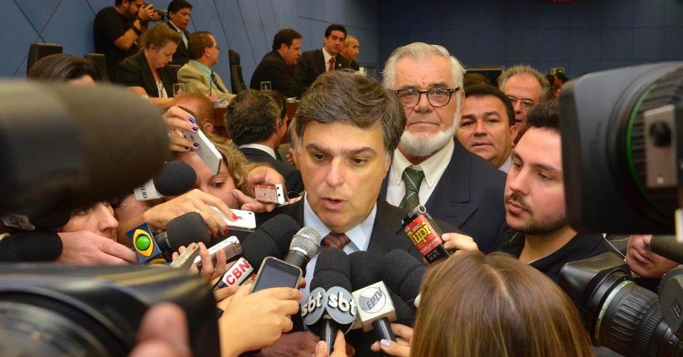 Pedro Serafim (PDT), eleito prefeito de Campinas nesta terça-feira (10) com 22 votos de vereadores, responde a perguntas de jornalistas