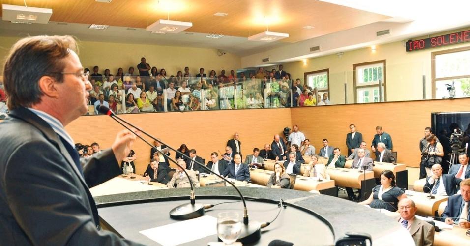 Prefeito de Recife, João da Costa (PT), discursa na abertura dos trabalhos da Câmara