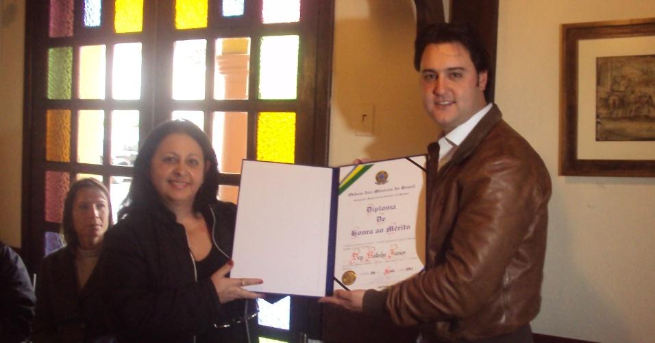 4.mai.2012 Ratinho Junior, pré-candidato do PSC para a Prefeitura de Curitiba recebe diploma de Honra ao Mérito da Ordem dos Músicos do Brasil