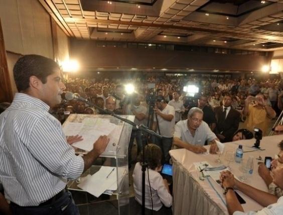 23.abr.2012 - ACM Neto (DEM) durante lançamento de sua pré-candidatura à Prefeitura de Salvador