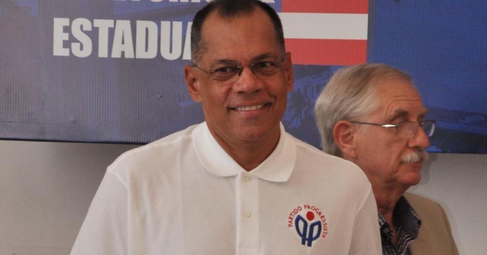 17.jan.2012 - João Henrique (PP), atual prefeito da capital baiana, sonha em se eleger governador do Estado em 2014. No entanto, o Tribunal de Contas do Município rejeitou a prestação feita pela Prefeitura em relação ao ano fiscal de 2009, o que pode torná-lo inelegível,