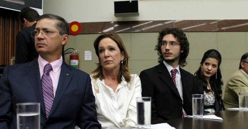 7.mai.2012 -  O deputado estadual e pré-candidato do PV à prefeitura de Belo Horizonte, Délio Malheiros (o 1º à esq)