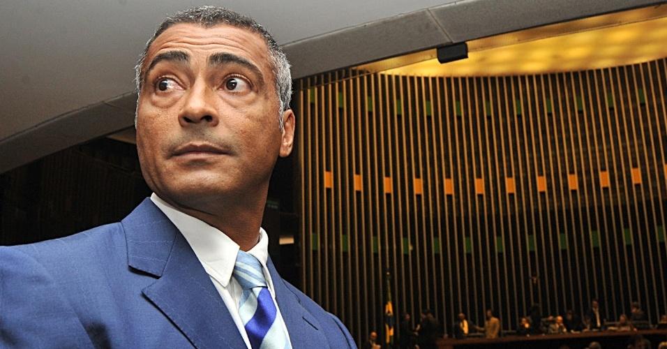 18.mar.2012 - Romário (PSB-RJ), durante sessão no Congresso Nacional