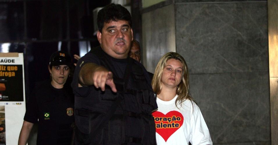 29.ago.2008 - Polícia Federal prende a candidata a vereadora Carminha Jerominho, filha do vereador Jerominho, que está preso acusado de chefiar um grupo de milicianos