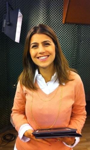 Manuela D'Ávila participa de entrevista na Record RS