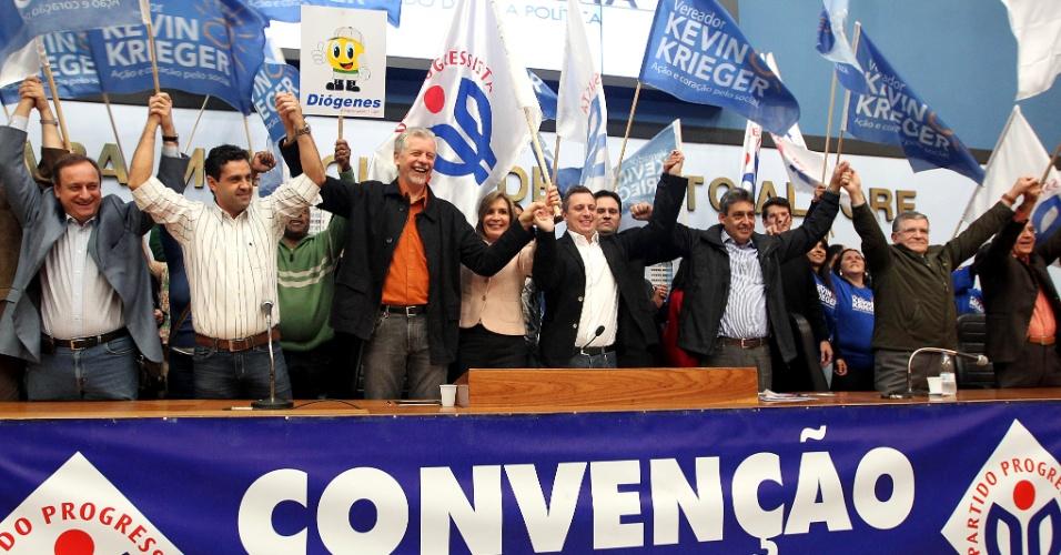 23.jun.2012 - A convenção do PP de Porto Alegre firmou o apoio à reeleição de José Fortunati (PDT)