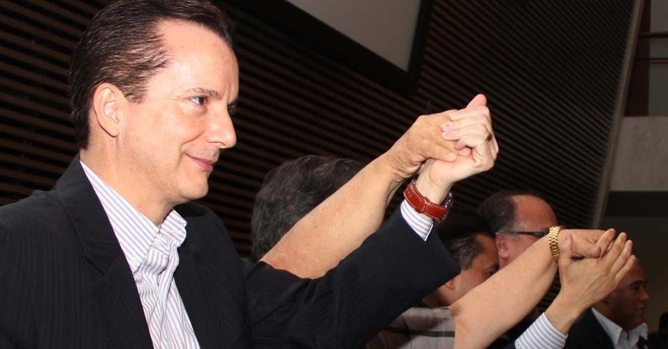 23.jun.2012 - O pré-candidato do PRB à Prefeitura de São Paulo, Celso Russomanno, participou da convenção dos partidos PRP e PHS, na Assembleia Legislativa de São Paulo, que declarou apoio à sua candidatura