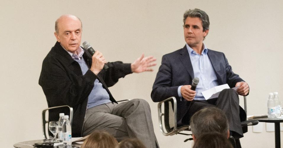 27.jun.2012 - José Serra, pré-candidato do PSDB à Prefeitura de São Paulo, participa de encontro na Casa do Saber.