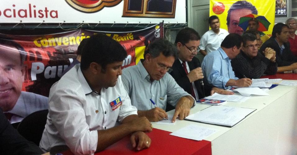 28. jun. 2012 - Convenção do PDT no Recife que decidiu pela apoio ao candidato do PSB, de Eduardo Campos