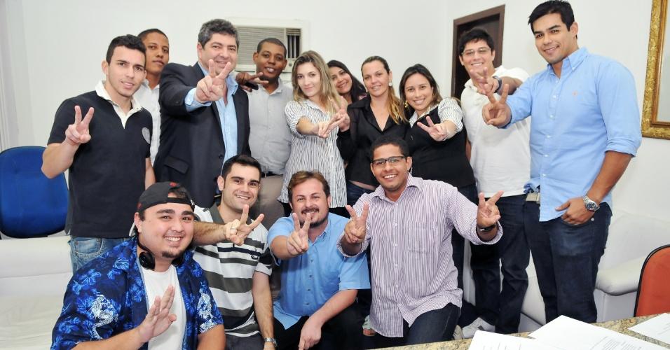 10.jul.2012 - Guilherme Maluf (PSDB), candidato à Prefeitura de Cuiabá, se reuniu com as juventudes do PSDB e do DEM para discutir pontos que devem fazer parte de seu plano de governo