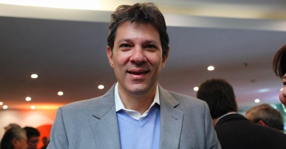 20.jul.2012 - Fernando Haddad, candidato do PT à Prefeitura de São Paulo, participa de palestra na Câmara Portuguesa de Comércio durante a tarde desta sexta-feira (20)