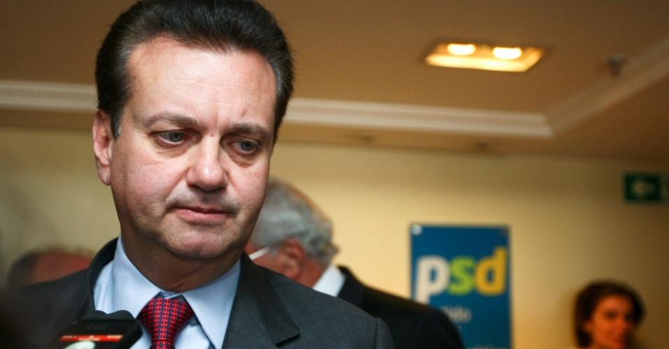 24.jul.2012 - O prefeito de São Paulo, Gilberto Kassab (PSD), dá entrevista após reunião da Executiva Nacional do PSD que referendou a intervenção em Belo Horizonte
