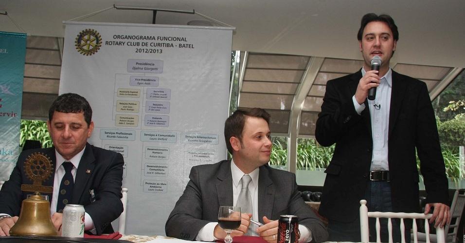 1.ago.2012 - Ratinho Júnior, candidato do PSC à Prefeitura de Curitiba, apresentou seu plano de governo a membros do Rotary Club durante almoço nesta quarta-feira