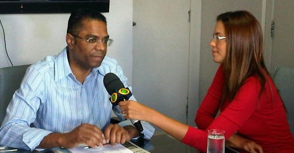 2.ago.2012 - Marcio Marinho, candidato do PRB à Prefeitura de Salvador, concedeu entrevista para a TV Bandeirantes, onde, na noite desta quinta-feira, participará do primeiro debate entre os candidatos