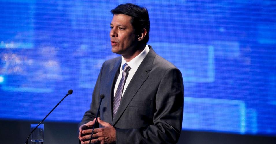 2.ago. 2012 - SÃO PAULO: Fernando Haddad (PT), como esperado, precisou justificar a aliança com Paulo Maluf (PP) durante o debate
