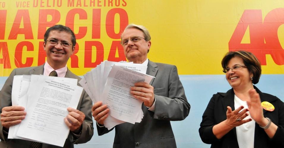 7.ago.2012 - Marcio Lacerda, prefeito de Belo Horizonte e candidato à reeleição pelo PSB, se reuniu com lideranças sindicais nesta terça-feira na sede da Federação dos Empregados em Estabelecimentos Bancários de Minas Gerais, no bairro de Funcionários, na zonal sul da capital mineira