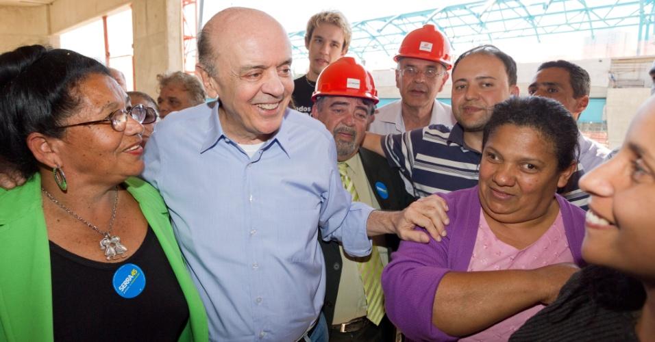 7.ago.2012 - O candidato do PSDB à Prefeitura de São Paulo, José Serra, visitou nesta terça-feira (7) a construção do monotrilho da Vila Prudente, na zona leste da cidade. Serra começou a tocar a obra quando prefeito
