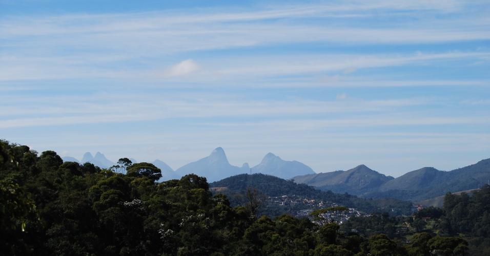 24.ago.2012 - Vista do bairro do Caleme, em Teresópolis (RJ)