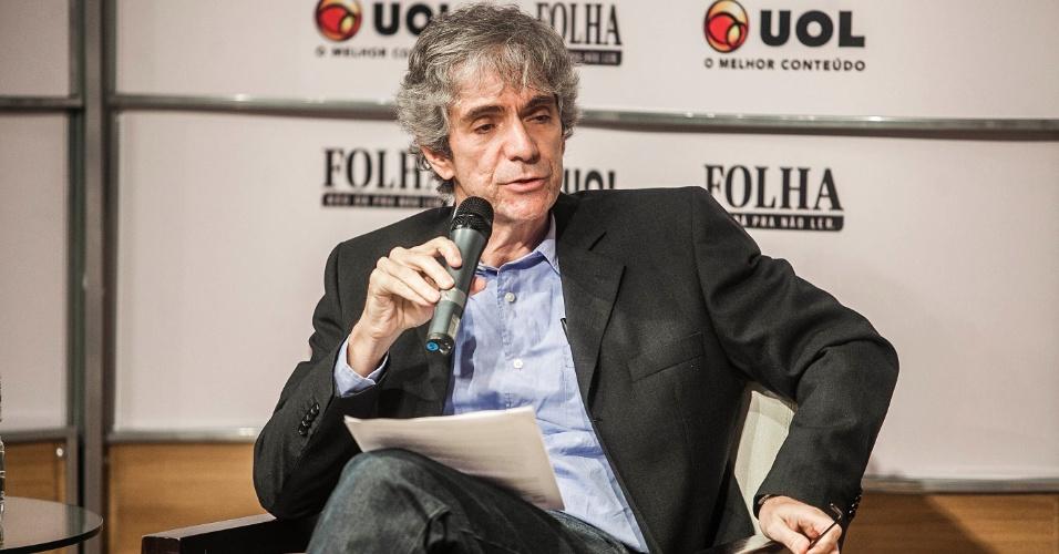 14.ago.2012 - Mauricio Stycer, repórter especial do UOL, durante sabatina Folha/UOL