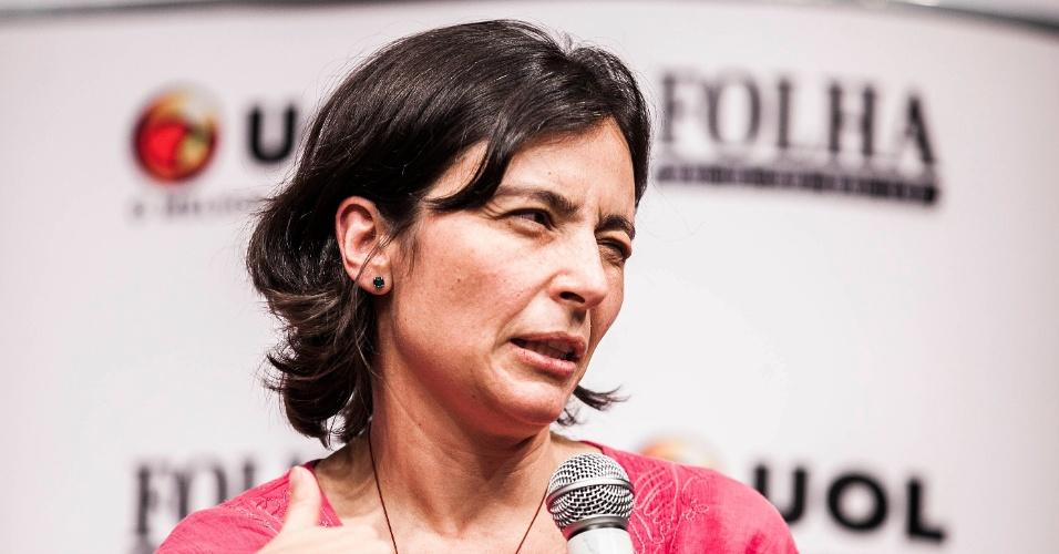 15.ago.2012 - Soninha nega que sua candidatura tenha o papel de tirar votos dos adversários de José Serra (PSDB) e disse não se importar se seu discurso soa progressista ou conservador, mas, sim, se está seguindo seus príncipios