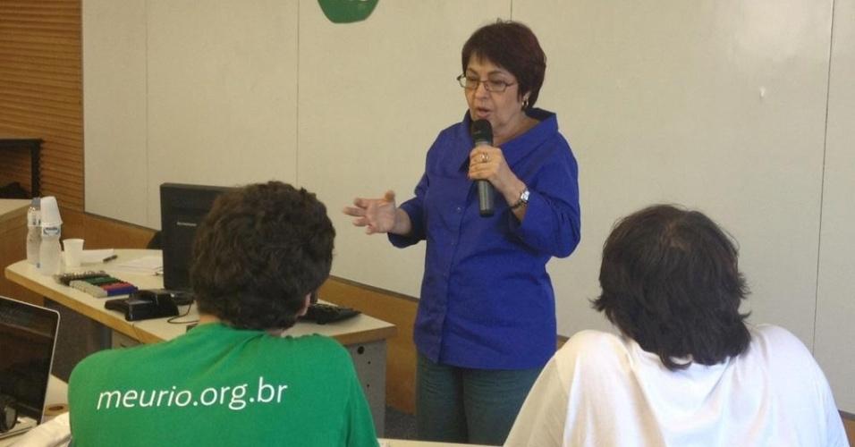 17.ago.2012 - A candidata do PV à Prefeitura do Rio de Janeiro, Aspásia Camargo, participou nesta sexta-feira de sabatina realizada pela Fundação Getúlio Vargas