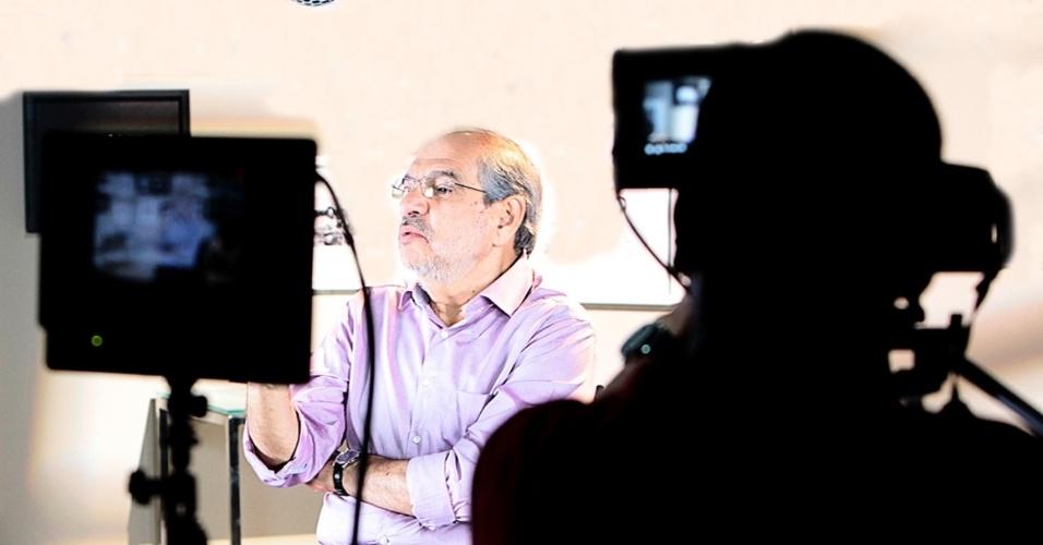 20.ago.2012 - Mário Kertész, candidato do PMDB à Prefeitura de Salvador, passou a segunda-feira gravando o seu programa para o horário eleitoral gratuito
