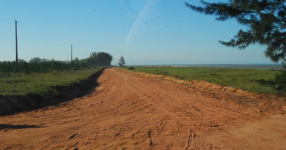 As estradas de terra são bastante recorrentes em Presidente Kennedy. Poucos lugares são afastados na cidade
