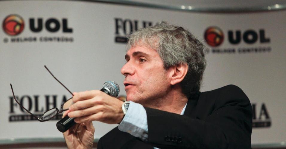 22.ago.2012 - Maurício Stycer, repórter especial do UOL, foi o mediador da sabatina Folha/UOL com Celso Russomano, candidato do PRB á Prefeitura de São Paulo e um dos líderes nas pesquisas de intenção de voto na capital paulista