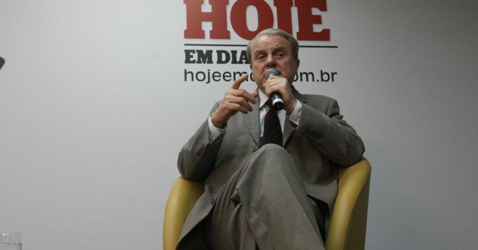 """4.set.2012 - O prefeito de Belo Horizonte e candidato à reeleição pelo PSB, Marcio Lacerda, participou de sabatina promovida pelo jornal """"Hoje em Dia"""" na manhã desta terça-feira"""
