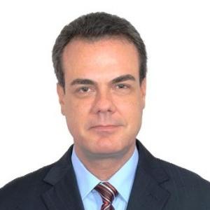 Henrique Oliveira (PR)