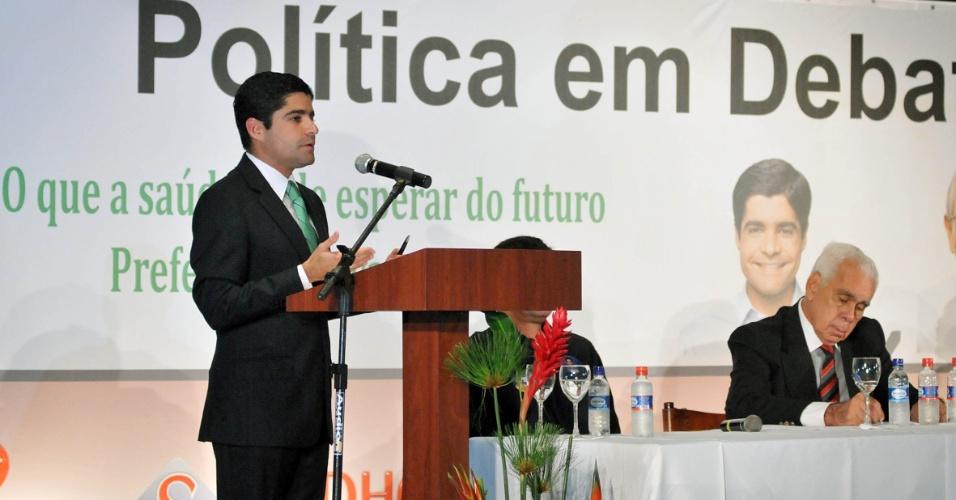 5.set.2012 - ACM Neto, candidato do DEM à Prefeitura de Salvador, participou nesta quarta-feira de um café da manhã organizado pela Federação Baiana de Saúde, na região do Iguatemi