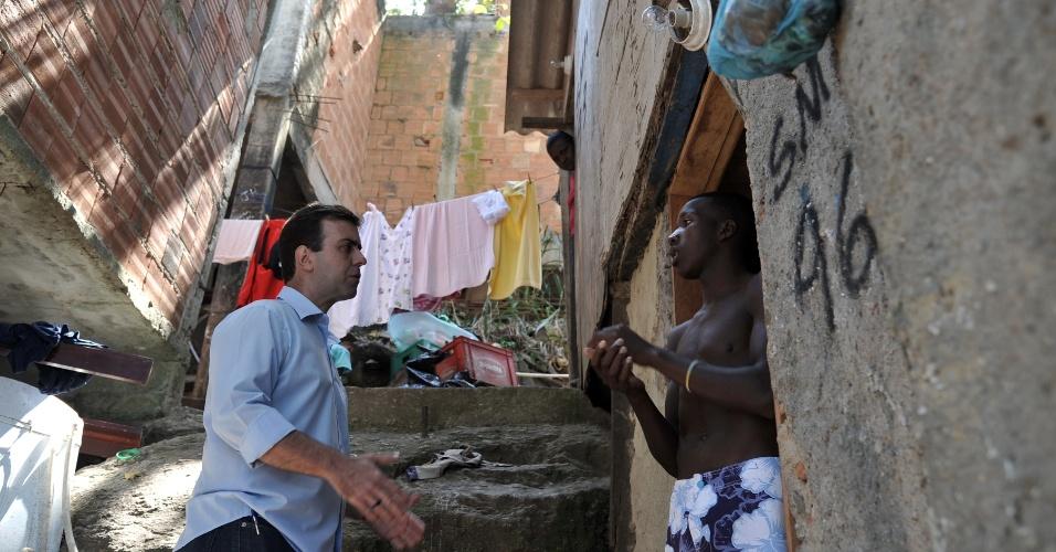 5.set.2012 - O candidato do PSOL à Prefeitura do Rio de Janeiro, Marcelo Freixo, visitou o conjunto de favelas do Pavão-Pavãozinho, na zona sul da cidade, na tarde desta quarta
