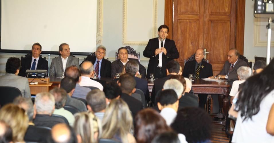 6.set.2012 - Geraldo Julio, candidato do PSB à Prefeitura do Recife, apresenta suas propostas para empresários na Associação Comercial de Pernambuco